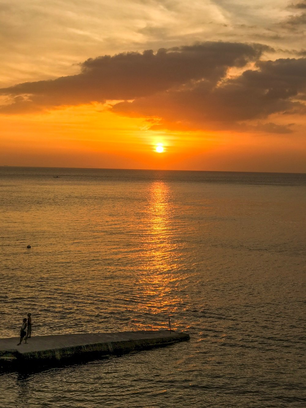 Sunsets Of Anilao