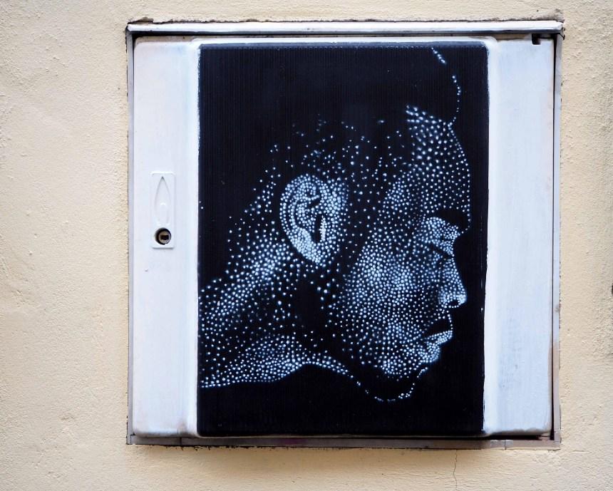 Portrait auf schwarzem Hintergrund