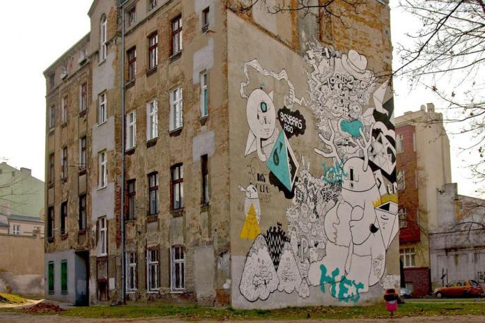 6 Galeria Urban Art Forms in Lodz, Poland. By Gregor Ciah Ciah