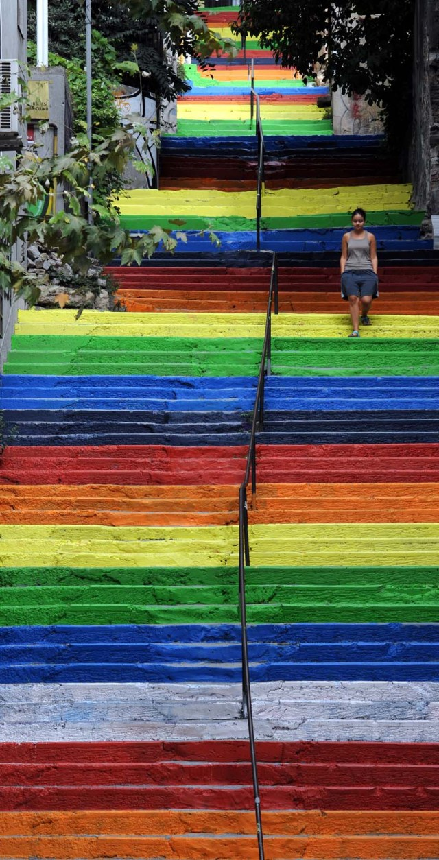 Street Art Color Steps in Turkey 1