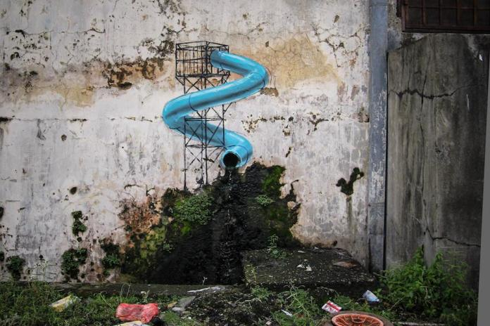 Street Art by Ernest Zacharevic in Johor Bahru, Malaysia 45346