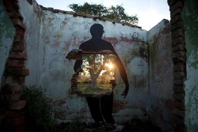 Street Art by David de la Mano in Villa Soriano, Uruguay 2