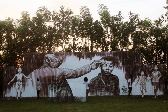 Street Art by Wild Drawing 2015 - Money Kills in Bali, Indonesia
