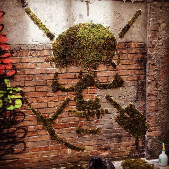 Moss Graffiti by GREEN in Lyon, France 1