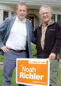 HE'LL TAKE A SIGN: Former provincial NDP leader Stephen Lewis, right, supports Noah Richler.