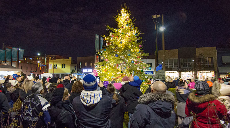 tree-lighting at St. Clements