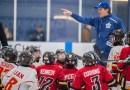 Maple Leafs coach runs Leaside Flames through their drills