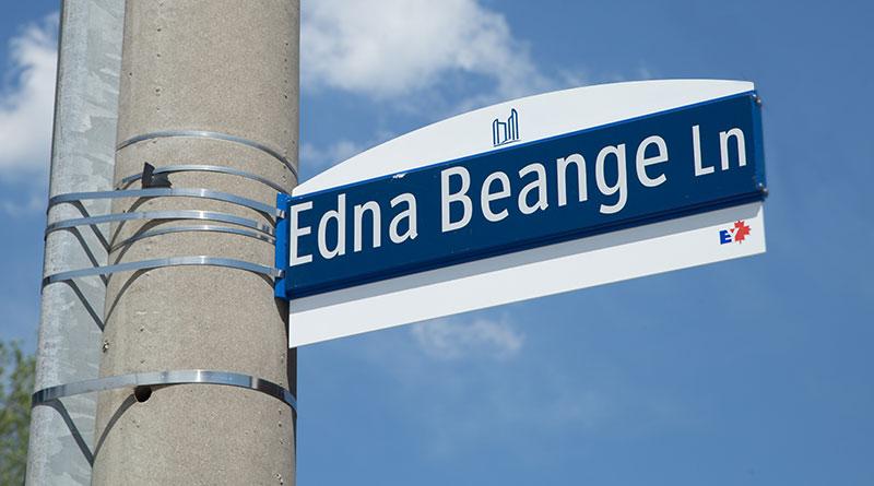 Edna Beange Lane sign