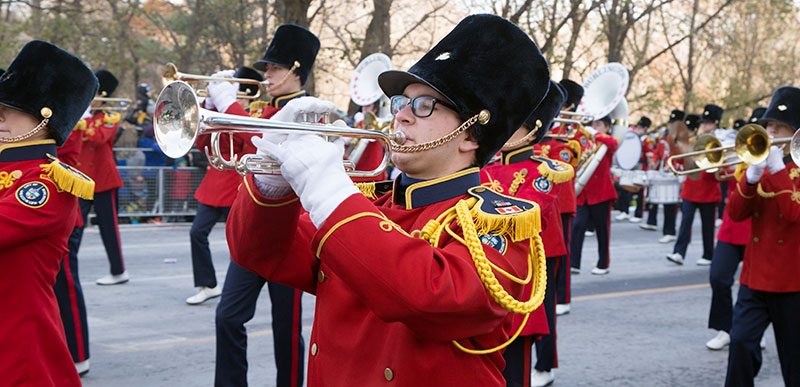 Musicians in Santa Claus parade