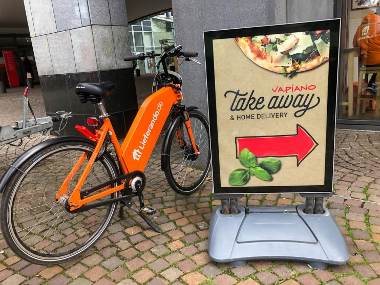How To Start A Food Delivery Business In The UK