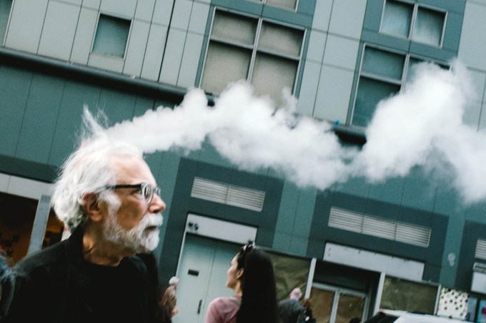 How Street Photographers Gain an Audience on Instagram: Jonathan Higbee (52,7k Followers)