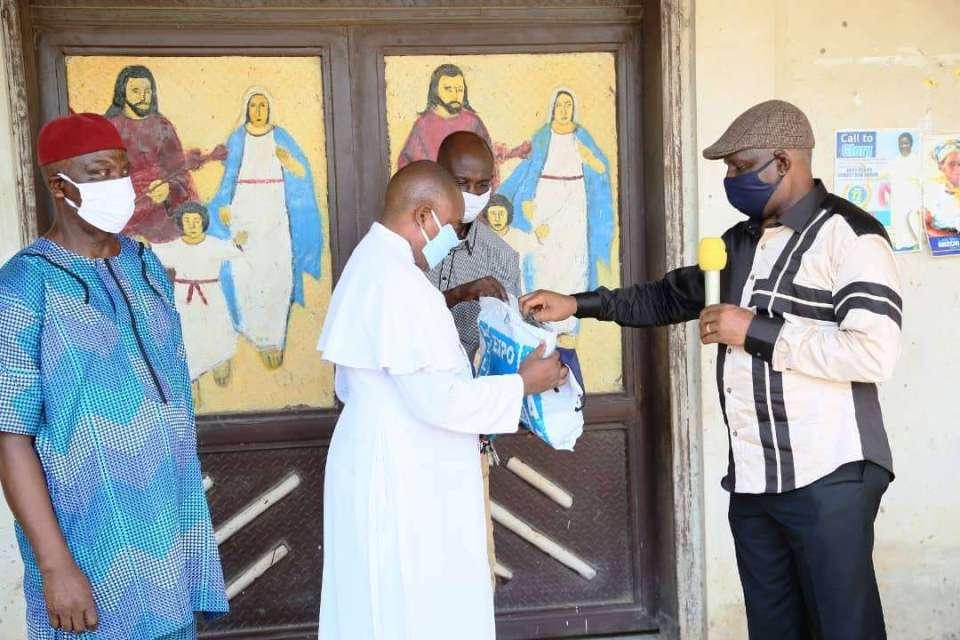Ifeajika Donates Masks to Delta Community