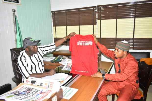 Obidike Chukwuebuka visits Imo Commissioner