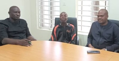Enugu State Government Holds Talks With Mr Steve Ogboh, Visually Challenged Commonwealth Boxing Gold Medalist