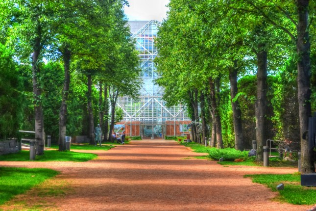 A tree-lined path at the Minneapolis Sculpture Garden by flickr user LizNemmers