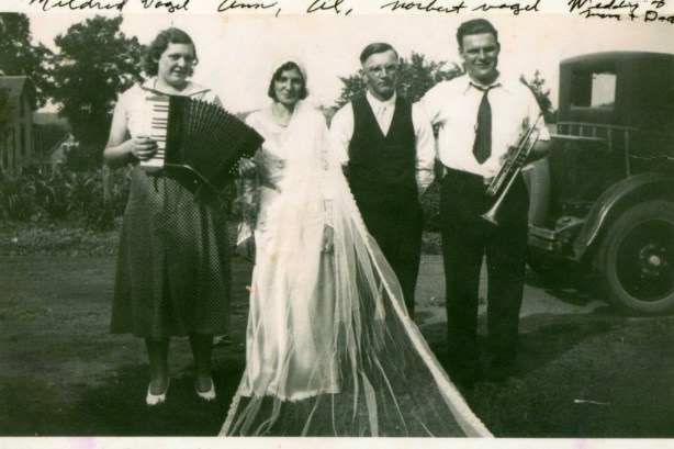 My great-grandparents' wedding in the Goosetown district of New Ulm, 1933