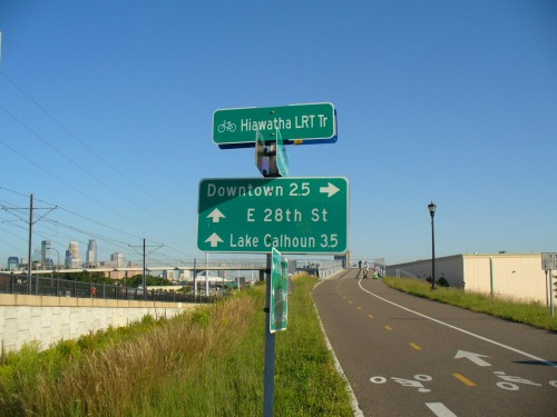 mpls wayfinding signs