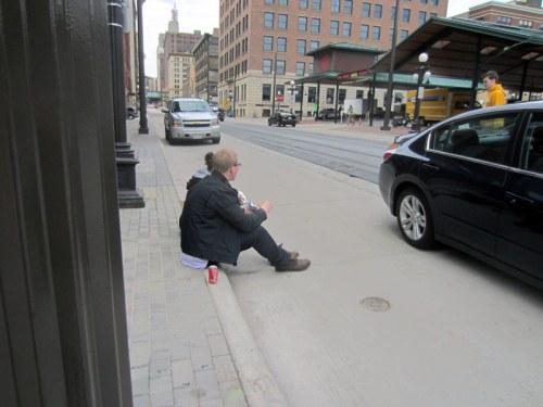 stp-farmers-market-sidewalk-sitting