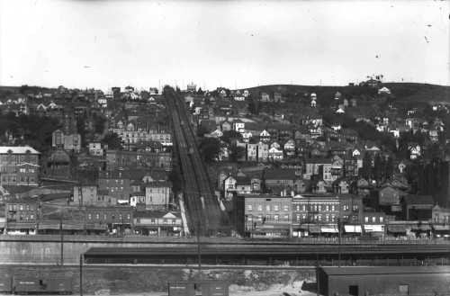 The Duluth incline railway climbed the hillside to reach the Duluth Heights real estate development.