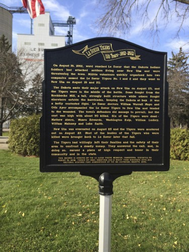 Le Sueur Tigers marker to commemorate white settlers who were killed in the war with the Dakota Indians. Installed 2012. [I could not find a similar marker to commemorate Dakota killed in the same battle]