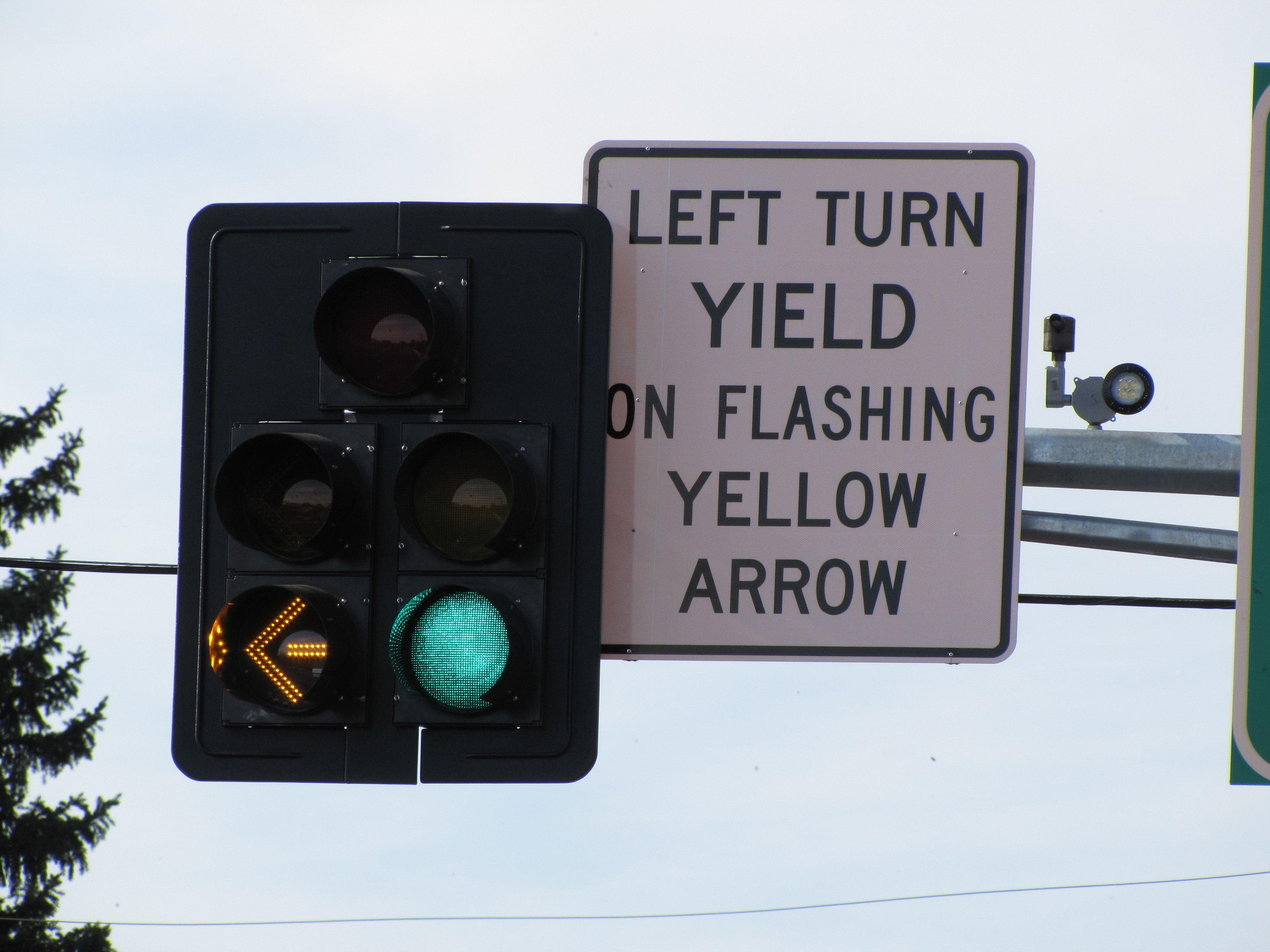 The Flashing Yellow Arrow and the Yellow Trap | streets mn