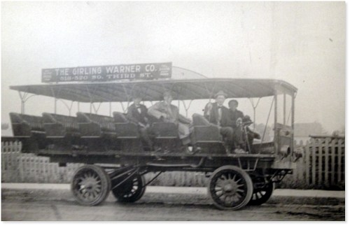 Historic photo of Warner Girling bus