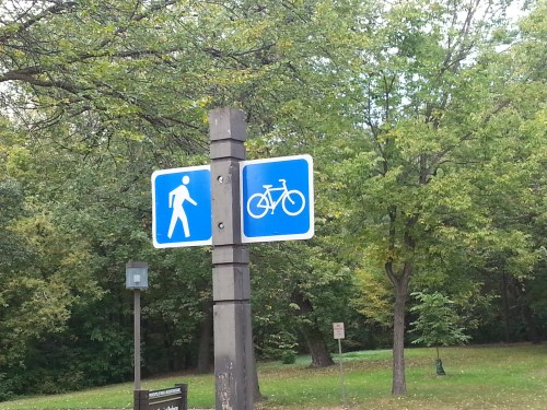 Parkway-Usage-Sign