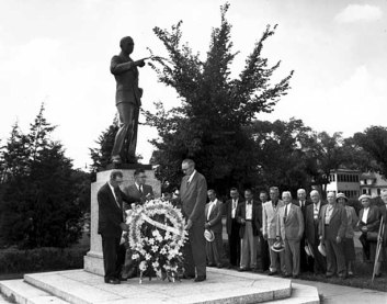 olson statue ceremony 1951