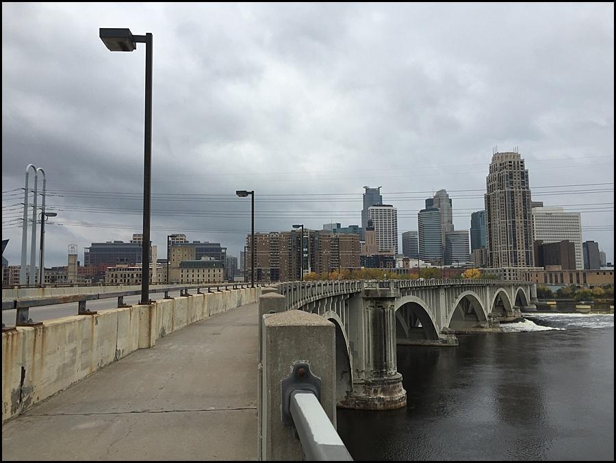 Third Avenue Bridge curve