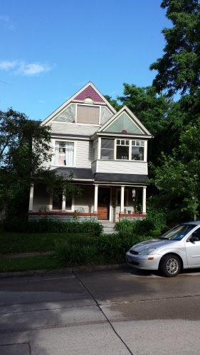 2542 Buchanan Street NE (Built in 1900)
