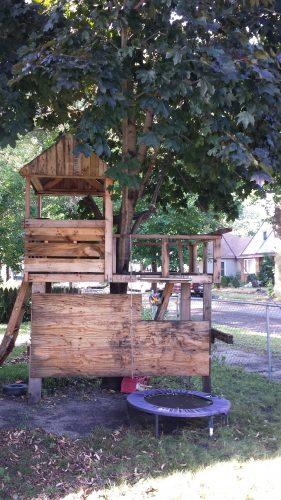 Tree House, 2327 3rd Street NE