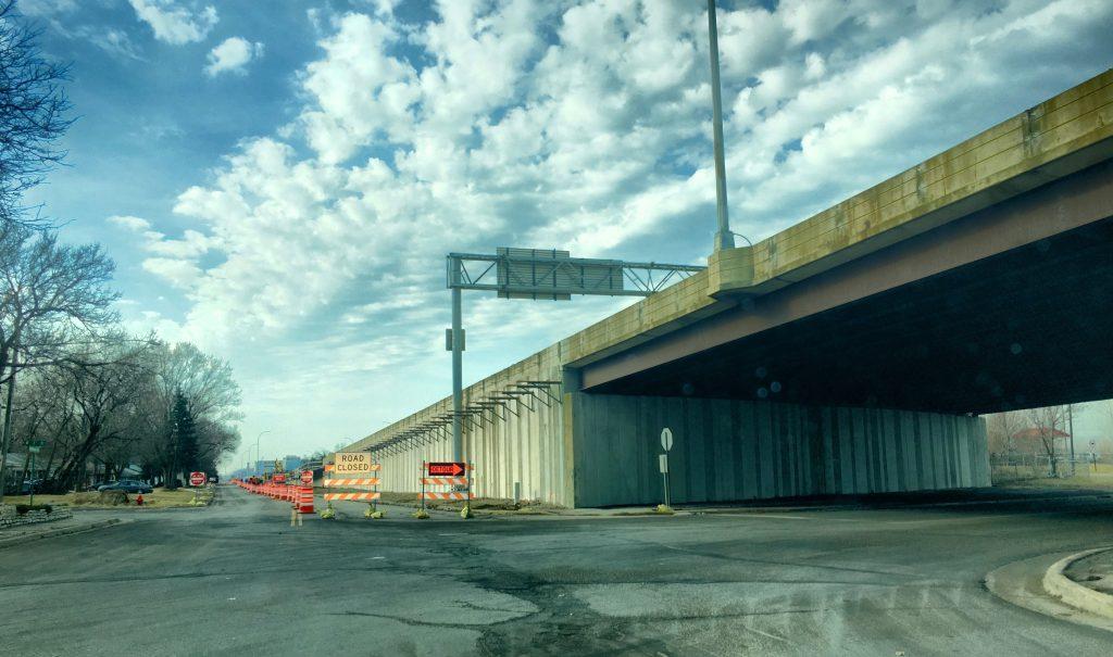 Washington Avenue southbound closed for construction crews