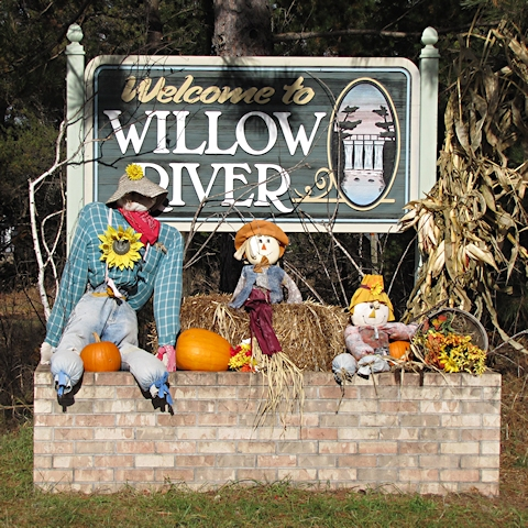 Willow River Welcome Sign