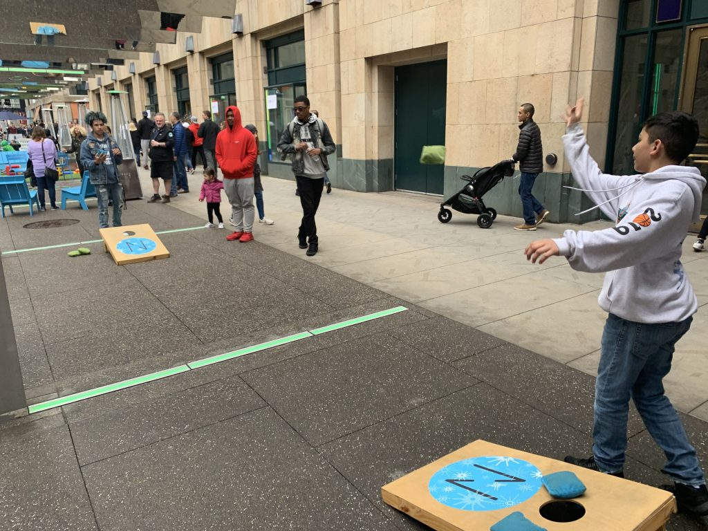 Final Four Nicollet Mall Games Cornhole 2019 04 06