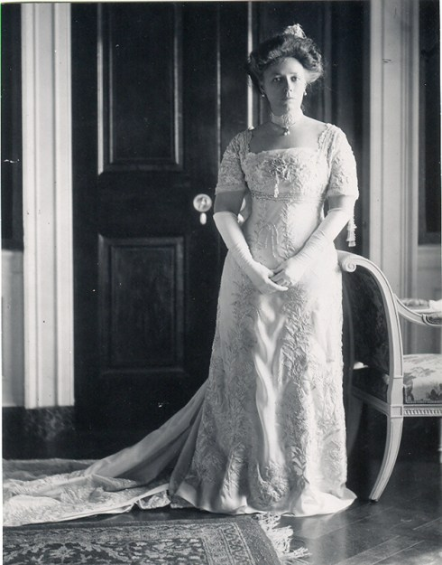 Inaugural gown Nellie Taft 1909