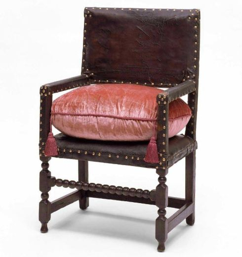 Chair 17th c MFA
