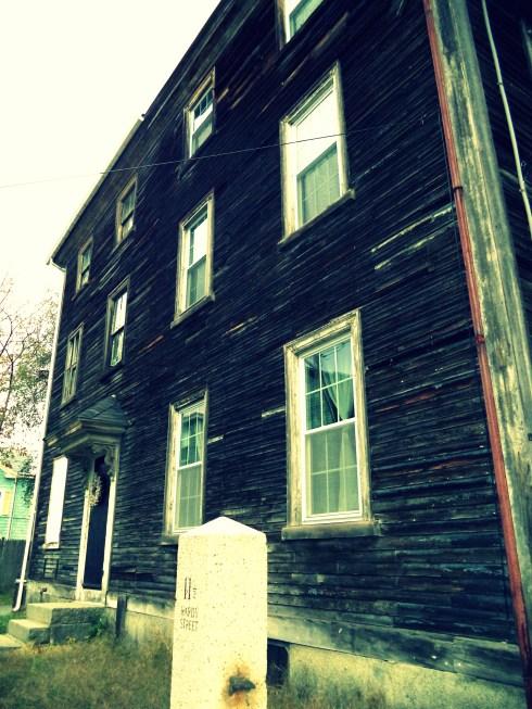 Unpainted House 033p