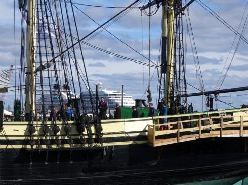 Ship 085