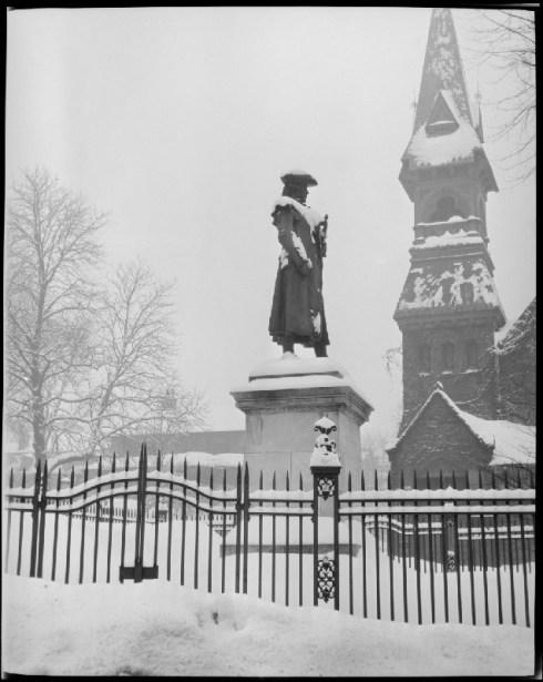 Warren Statue Roxbury