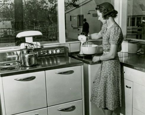 Wired Kitchen NY 1930s