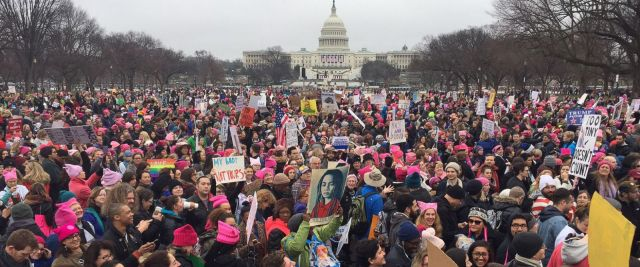 Alicia Keys Attend Women's March