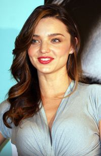 English: Models Miranda Kerr in August 2011.