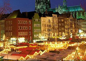 English: Cologne Christmas market lit up durin...