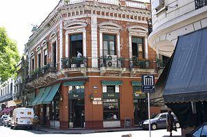 Español: Plaza Dorrego Bar, ubicado en una de ...