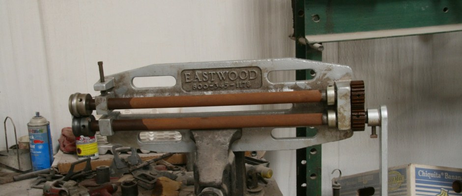 The bead roller was set up in a large vise. You could mount the roller to a stand, but it is not necessary.