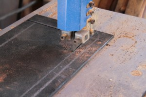 08.Then I cut to (not on) the line using a bandsaw. You need to cut as straight as possible here.