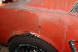 01.At first look, there does not seem to be much damage, just a little rust and some light bondo.