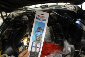 Recommended intake manifold gaskets are Fel-Pro 1256.