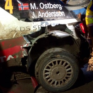 Пробитое колесо на машине Остберга
