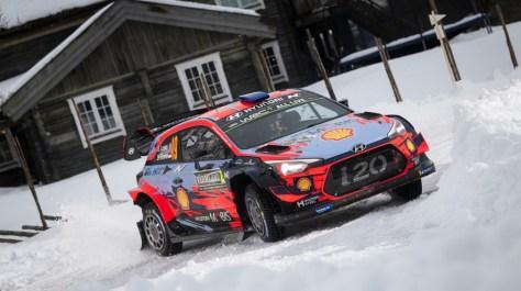 Hyundai i20 Coupe WRC Себастьена Лёба и Даниэля Элены (Нyundai Motorsport)